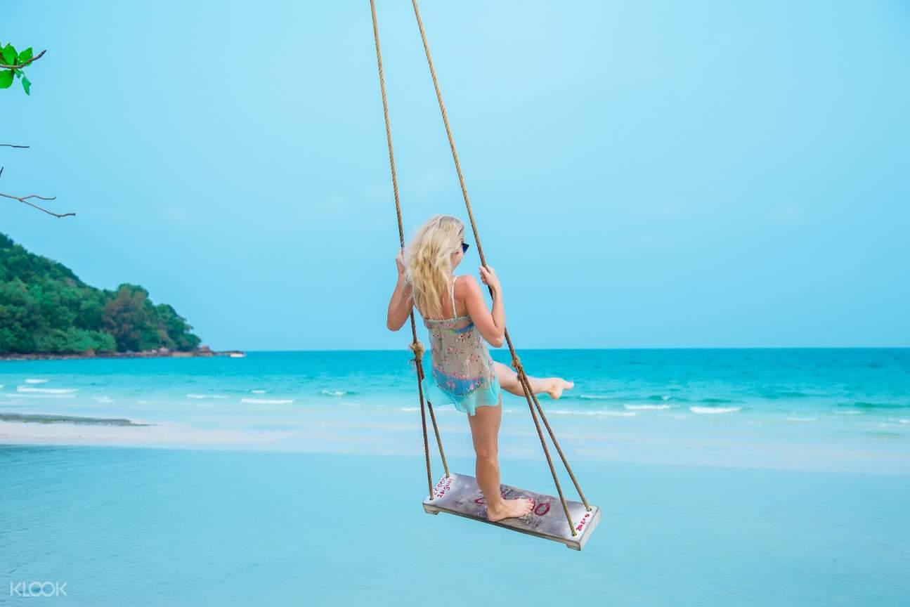 Swim and relax at Sao Beach